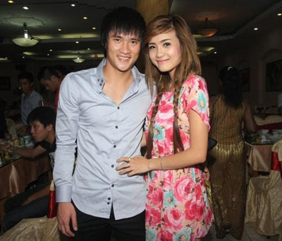 Thuy Tien livestream sao ke, em gai Cong Vinh the hien ro thai do-Hinh-9