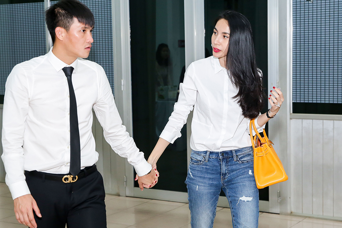 Hanh dong nho voi Thuy Tien, Cong Vinh duoc netizen khen het loi-Hinh-10