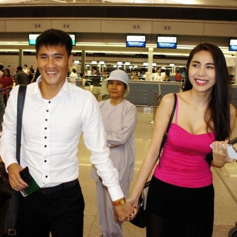 Hanh dong nho voi Thuy Tien, Cong Vinh duoc netizen khen het loi-Hinh-8