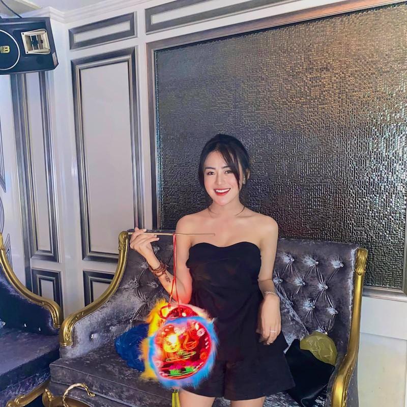 Tong ket dem Trung thu, dan gai xinh coi mang song ao nhiet tinh-Hinh-5