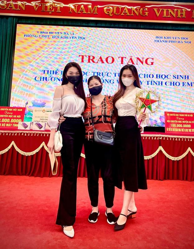 Tong ket dem Trung thu, dan gai xinh coi mang song ao nhiet tinh-Hinh-7