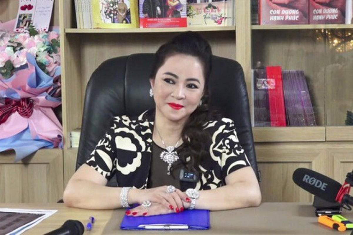 Ba Phuong Hang bat ngo de lo anh ngay xua, netizen binh luan la
