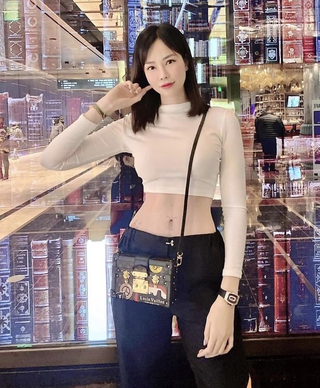 Hoang hon voi mot lan shopping tui cua con dau ty phu Hoang Kieu-Hinh-11