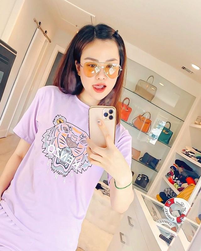 Hoang hon voi mot lan shopping tui cua con dau ty phu Hoang Kieu-Hinh-9