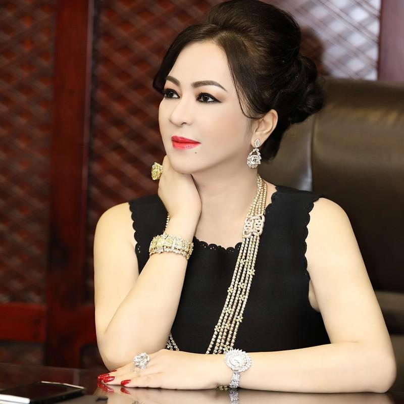 Bi hoi chuyen ban khu du lich Dai Nam, ba Phuong Hang phan phao-Hinh-6