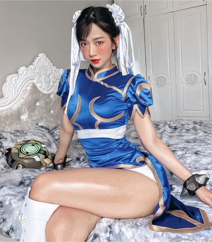 Le Bong khoe anh cosplay, dan mang don doan dan than lang game-Hinh-5