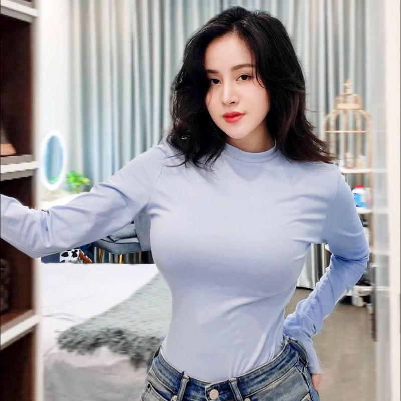 Mac kin cung kho, ba Tung dat cau hoi nguoc cho netizen-Hinh-5