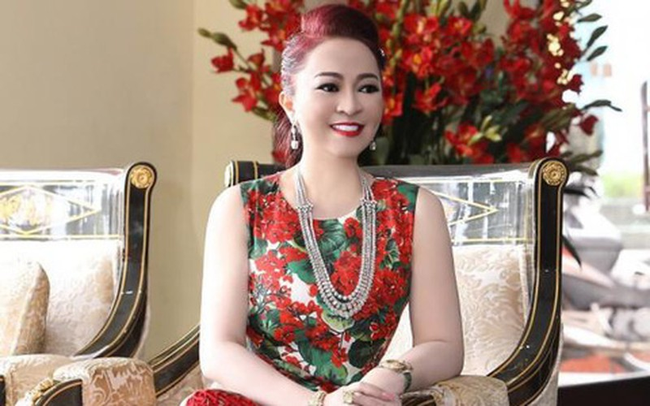 Ba Phuong Hang lan dau noi ve website cua Dai Nam