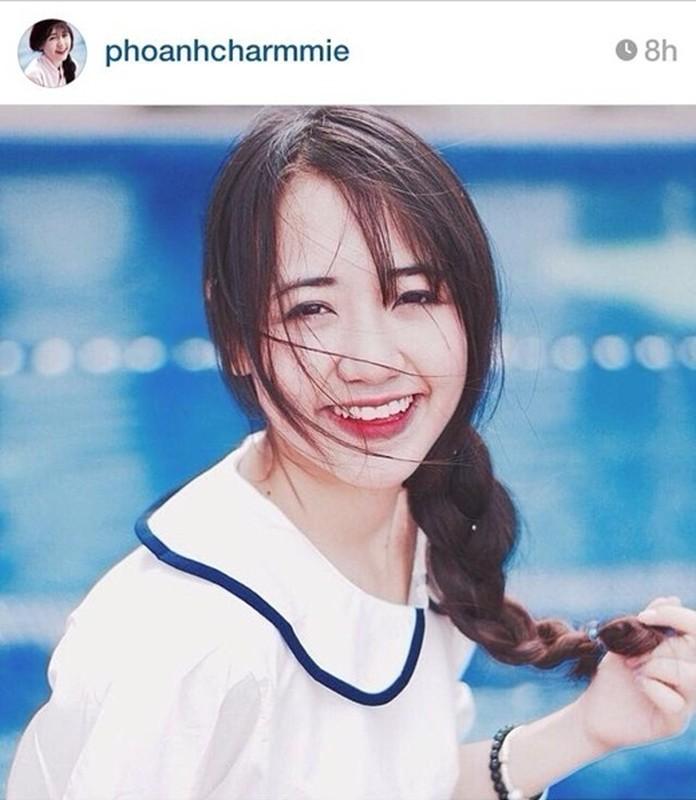 Hot girl tuổi teen Phoanh Charmmie hé lộ cuộc sống ở xứ Cờ Hoa