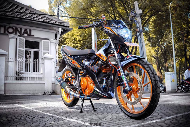 "Ngam xe may Suzuki Raider 150 do ""sieu chat"" tai Sai Gon"
