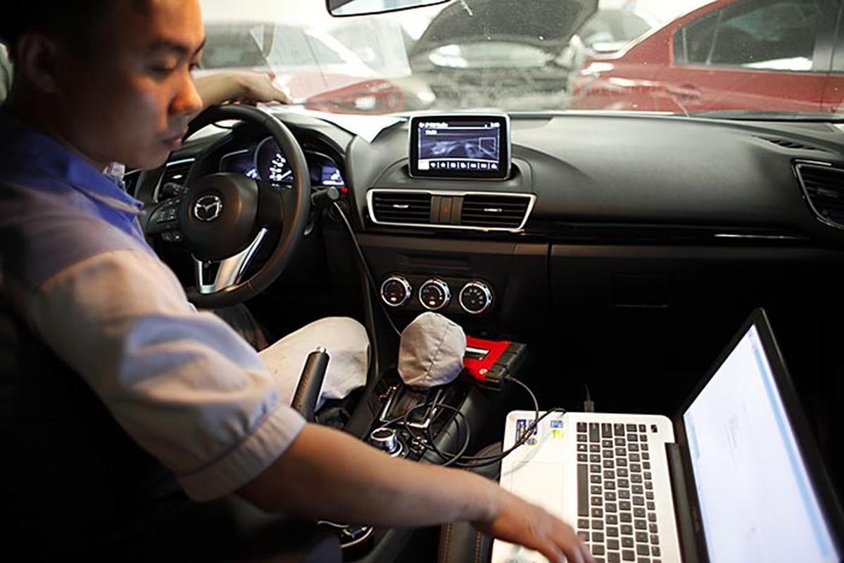 Hon 10 nghin xe Mazda3 dinh loi tai VN xu ly the nao?-Hinh-21