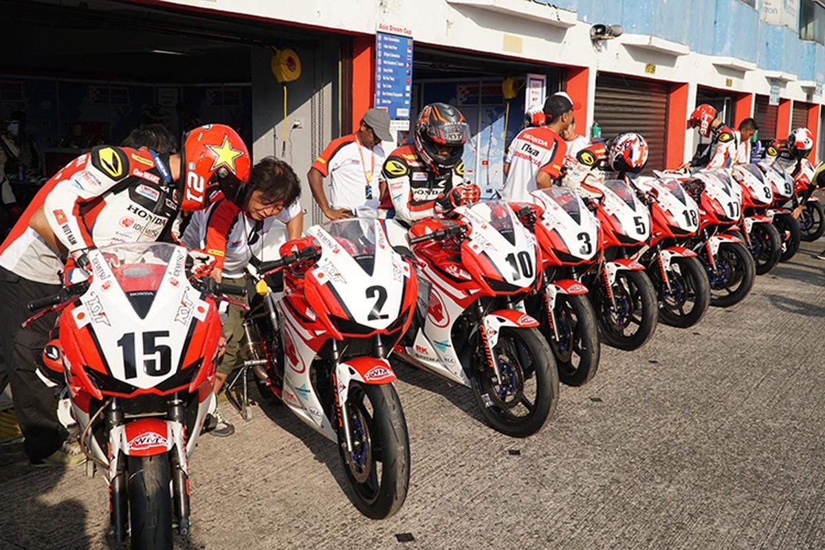 Honda Viet Nam tham du chang 4 giai dua moto Chau A-Hinh-2