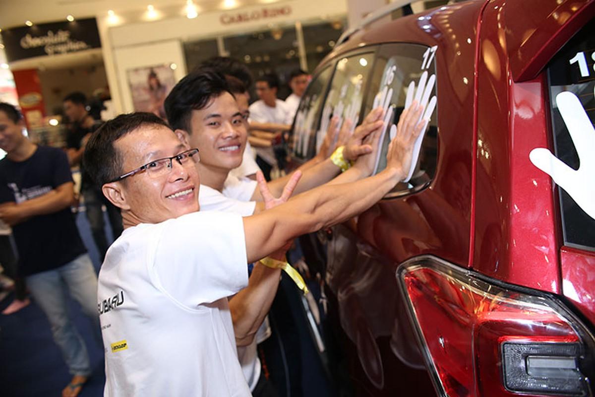 Thu thach cung Subaru 2016 - so lau cau xe 1,3 ty-Hinh-2