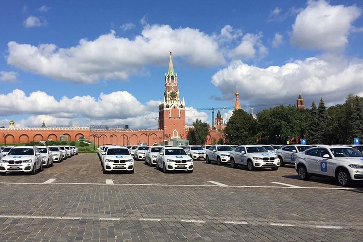 Tong thong Putin trao tang xe BMW cho VDV Olympic-Hinh-7
