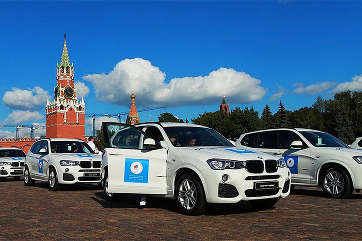 Tong thong Putin trao tang xe BMW cho VDV Olympic