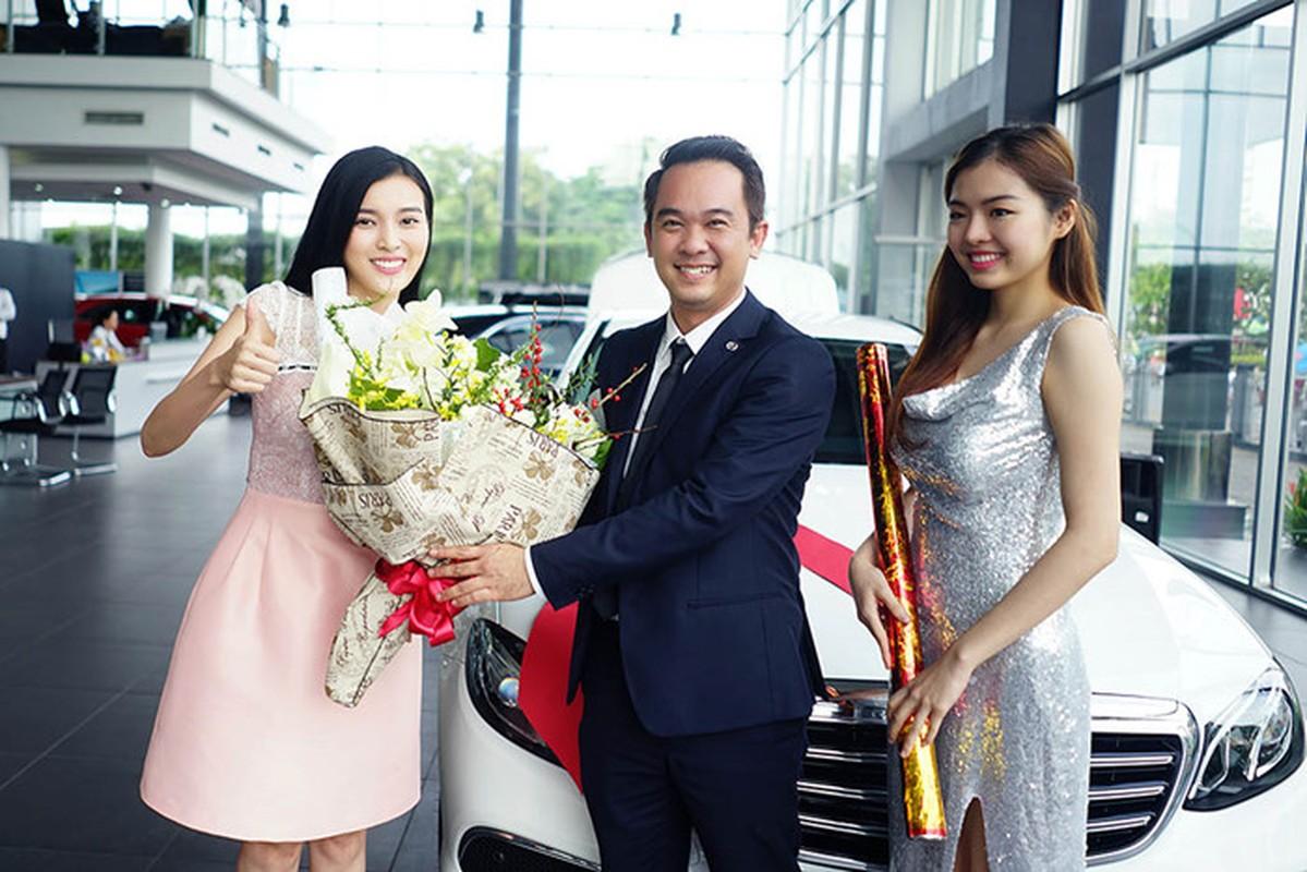 Chan dai Cao Thai Ha tau xe sang Mercedes E200 tien ty-Hinh-4