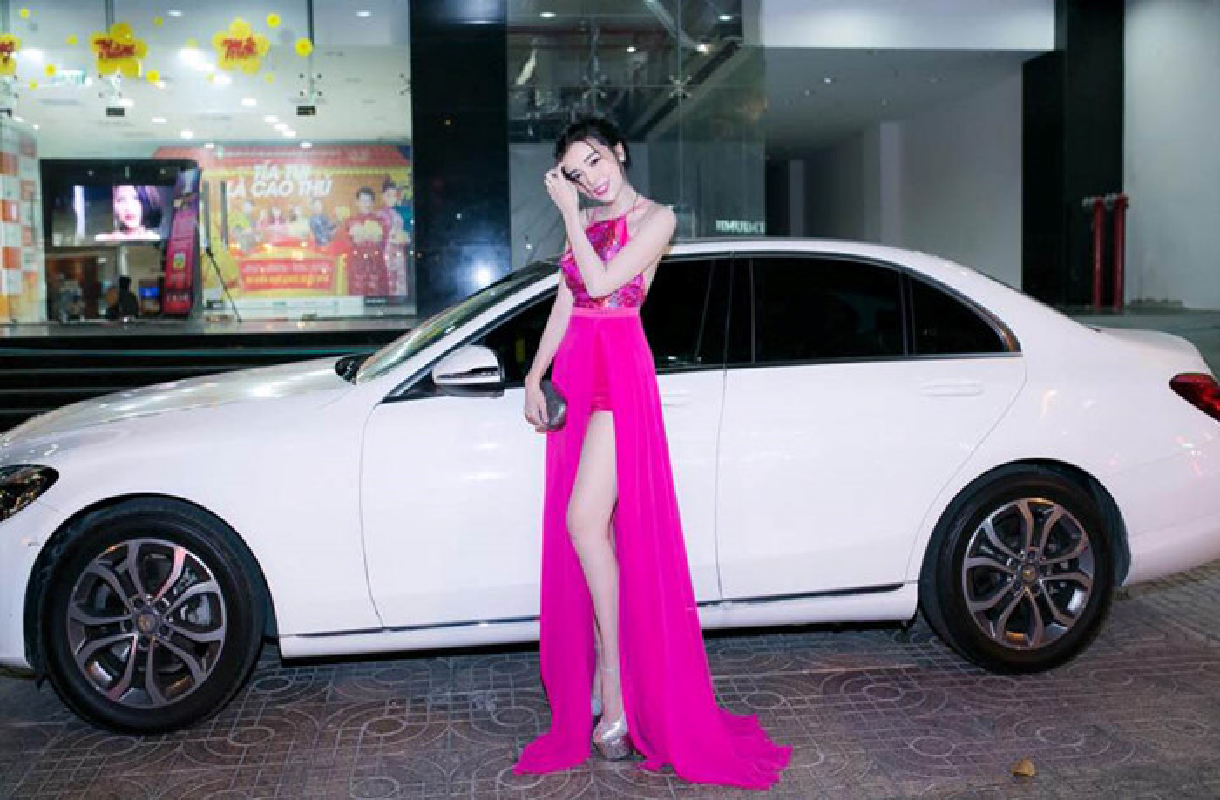 Chan dai Cao Thai Ha tau xe sang Mercedes E200 tien ty-Hinh-8