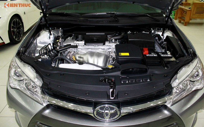 Can canh Toyota Camry XLE gia 1,9 ty tai Vieetj Nam-Hinh-11