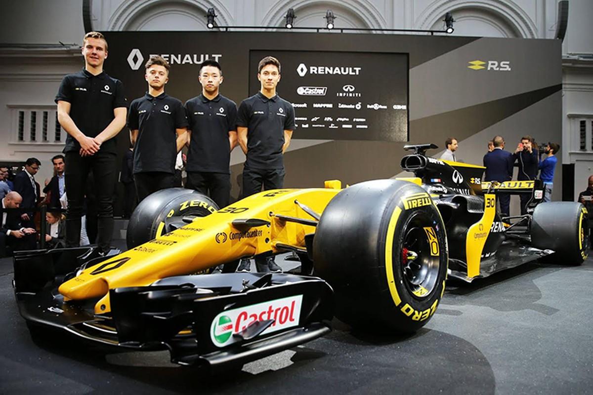 Renault ra mat xe dua F1 2017 moi tai London-Hinh-8