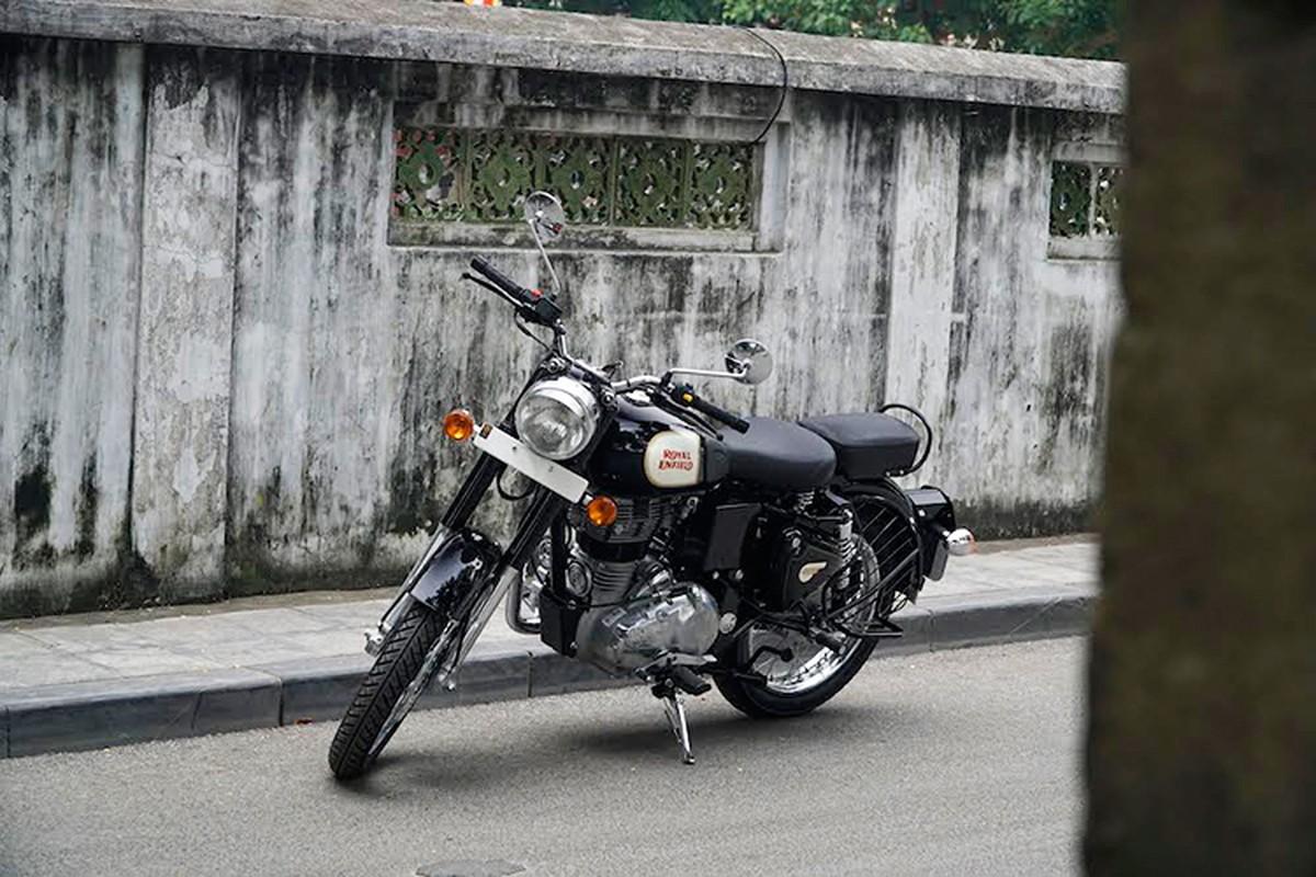 """Soi"" moto Royal Enfield Classic gia 109 trieu tai Ha Noi"