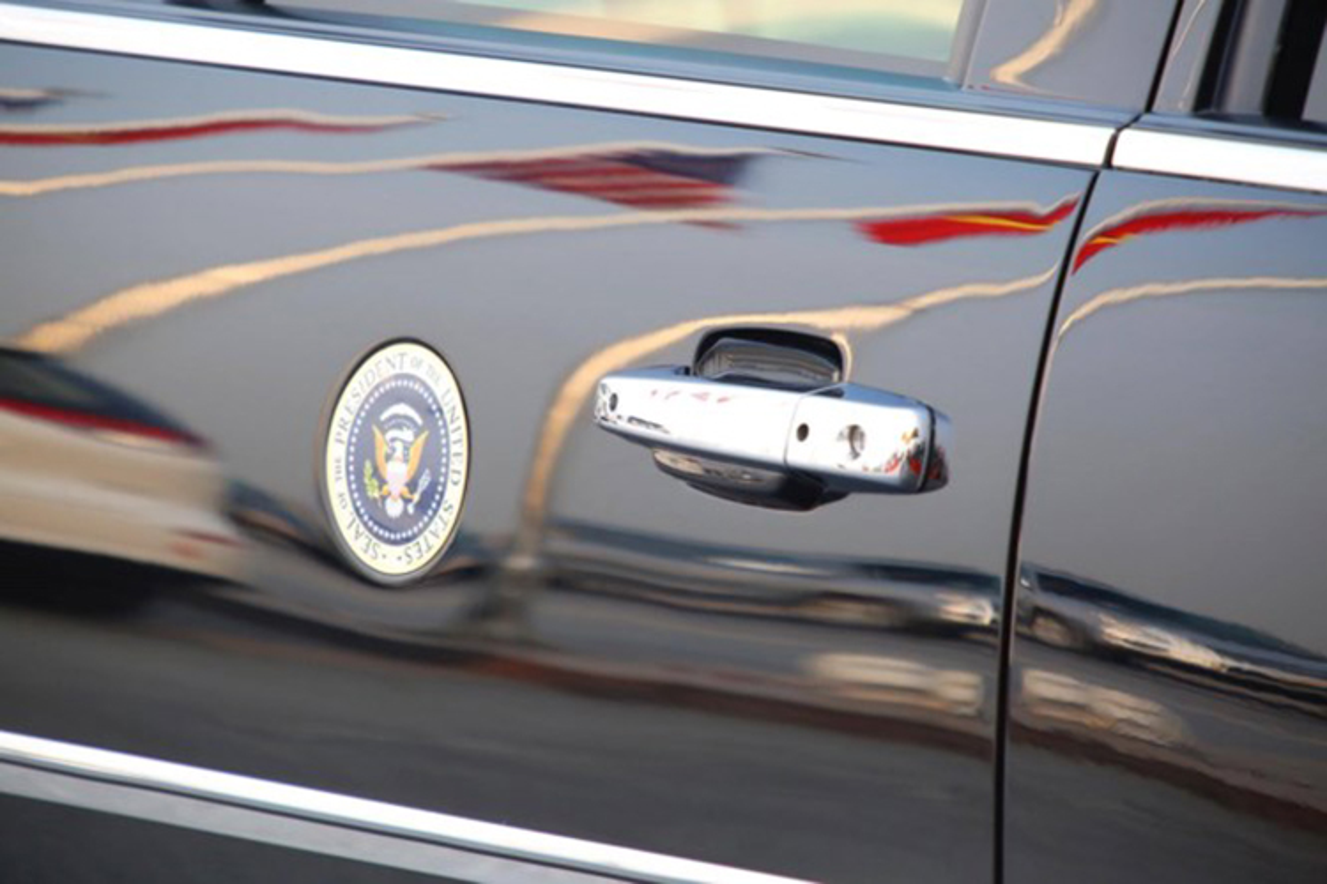 Sieu xe Cadillac One don Tong thong Donald Trump tai Ha Noi-Hinh-4