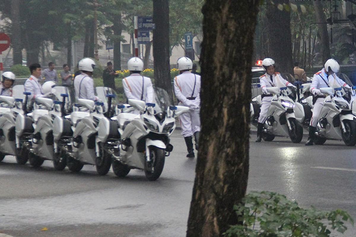 "Moto ""khung"" Yamaha FJR1300 dan doan APEC 2017 tai Ha Noi-Hinh-5"