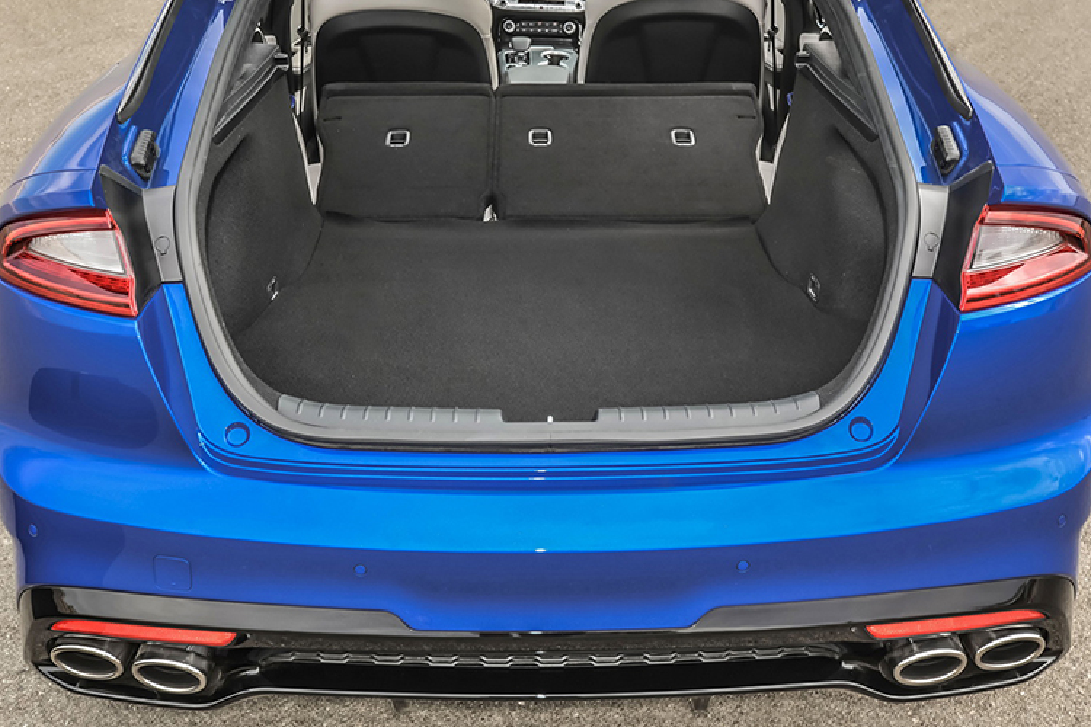 "Kia Stinger 2018 ""chot gia"" 721 trieu re hon BMW 4-Series-Hinh-9"