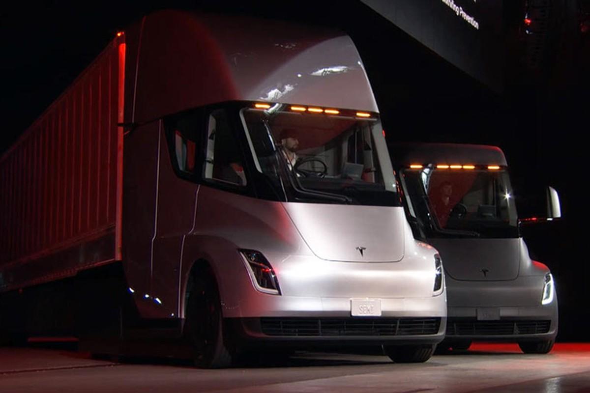 Xe dau keo chay dien Tesla Semi Truck gia 3,4 ty dong-Hinh-3