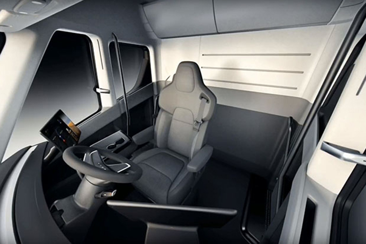 Xe dau keo chay dien Tesla Semi Truck gia 3,4 ty dong-Hinh-6