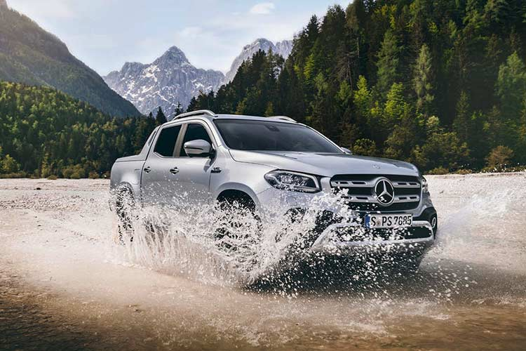 Mercedes X-Class phien ban cao cap nhat gia 1,16 ty dong-Hinh-10