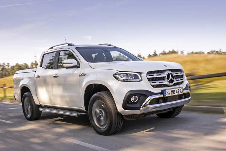 Mercedes X-Class phien ban cao cap nhat gia 1,16 ty dong-Hinh-2