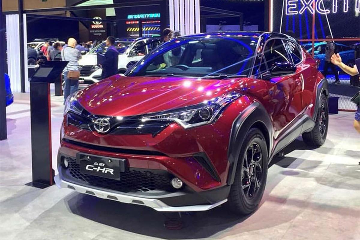 Toyota C-HR gan 2 ty o VN, chi 787 trieu o Indonesia