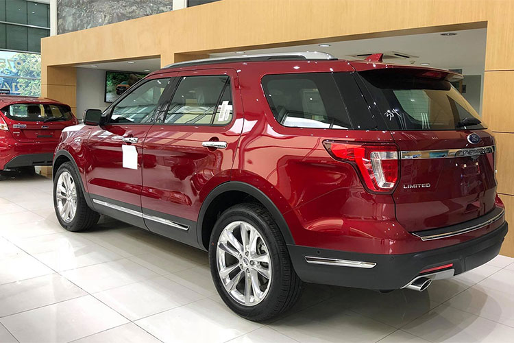 Can canh Ford Explorer 2018 gia hon 2 ty ve VN-Hinh-8