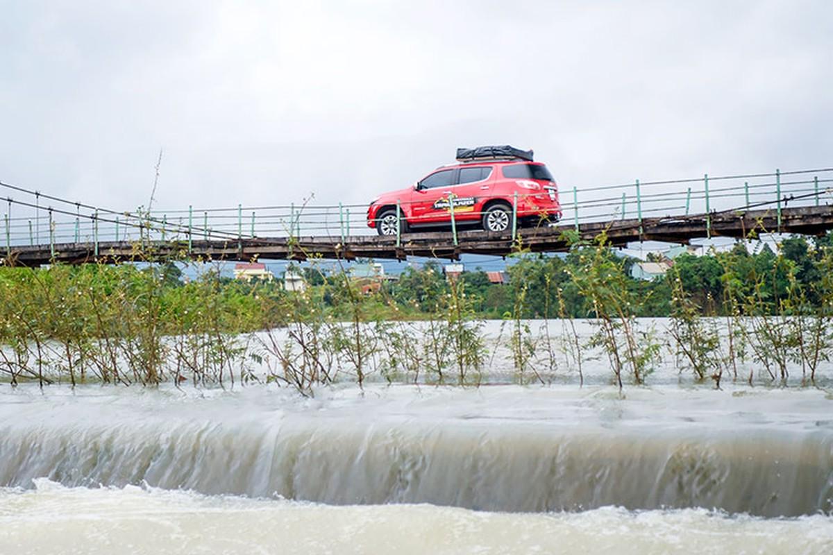 Trai nghiem Chevrolet Trailblazer gia tu 859 trieu tai Viet Nam-Hinh-8