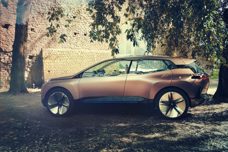 Xe sang chay dien BMW Vision iNext concept lo dien-Hinh-2