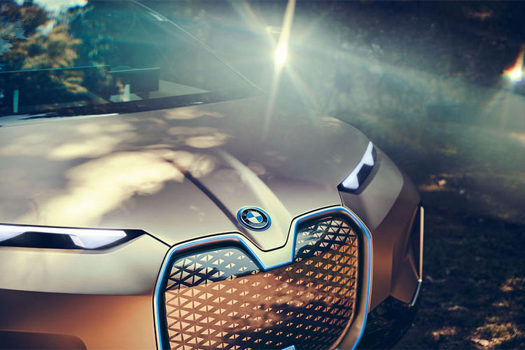 Xe sang chay dien BMW Vision iNext concept lo dien-Hinh-3