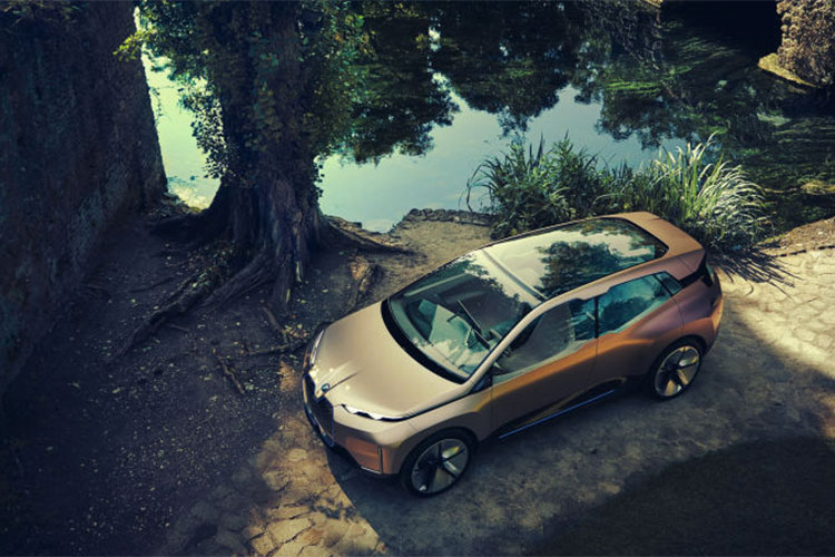 Xe sang chay dien BMW Vision iNext concept lo dien-Hinh-6
