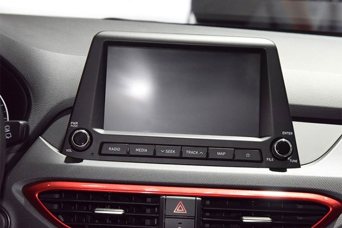Chi tiet xe Hyundai Celesta sieu re, chi 274 trieu dong-Hinh-7