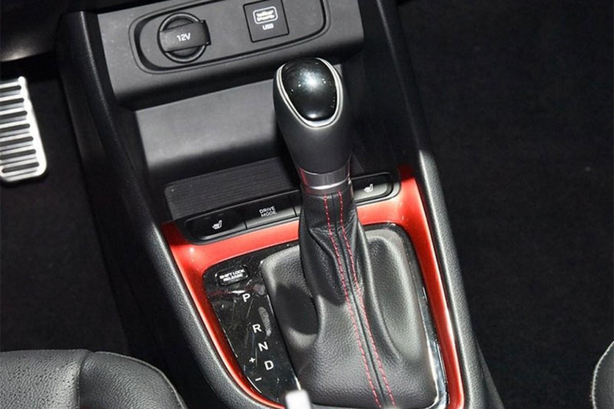 Chi tiet xe Hyundai Celesta sieu re, chi 274 trieu dong-Hinh-8