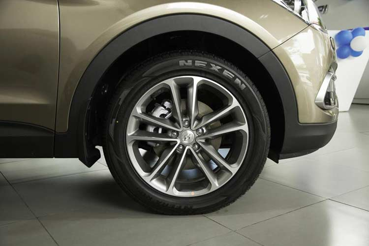 "Hyundai SantaFe cu kenh gia hon 100 trieu van ""chay hang""-Hinh-15"