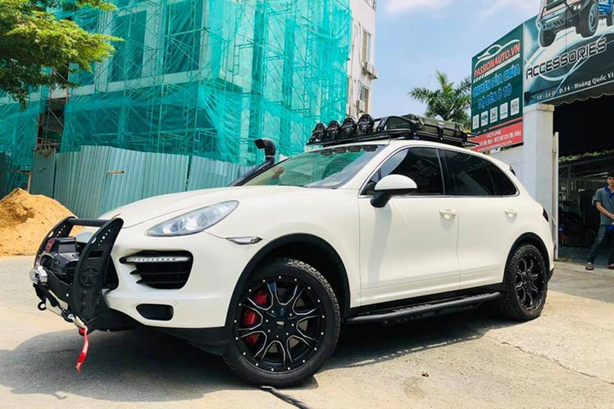 Dan choi Viet do Porsche Cayenne tien ty thanh xe off-road