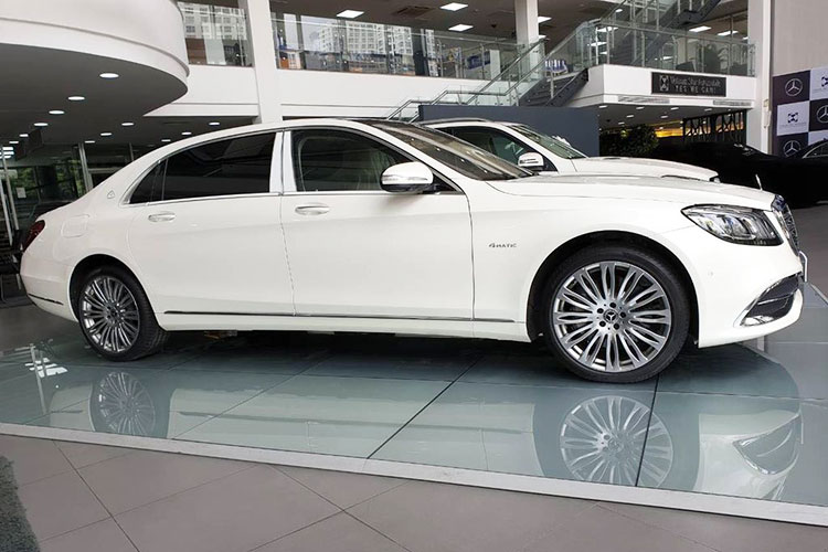 Diep Lam Anh tau Mercedes-Maybach S450 hon 7 ty dong-Hinh-3