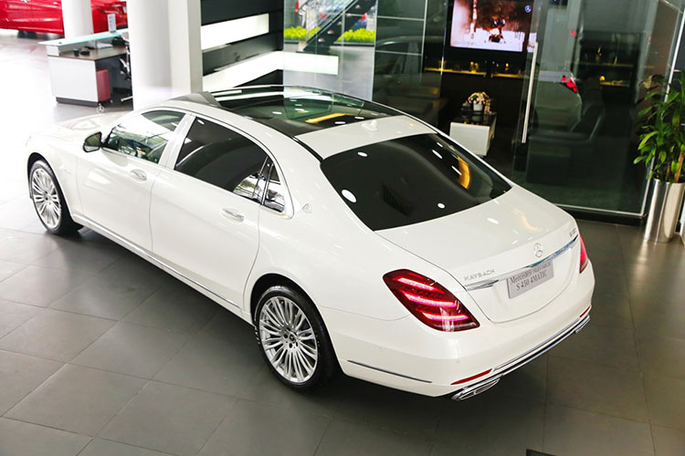 Diep Lam Anh tau Mercedes-Maybach S450 hon 7 ty dong-Hinh-7