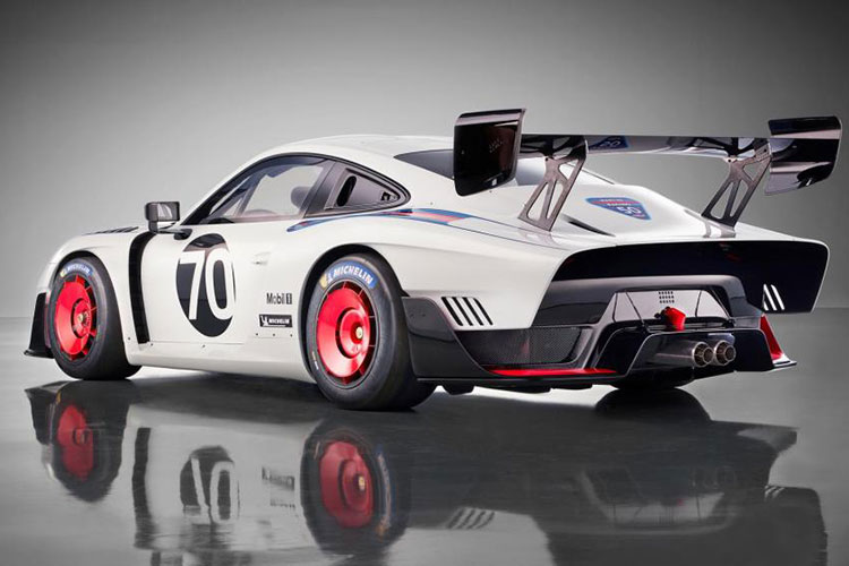 Sieu xe Porsche 935 san xuat 77 chiec, gia 18,9 ty dong-Hinh-3