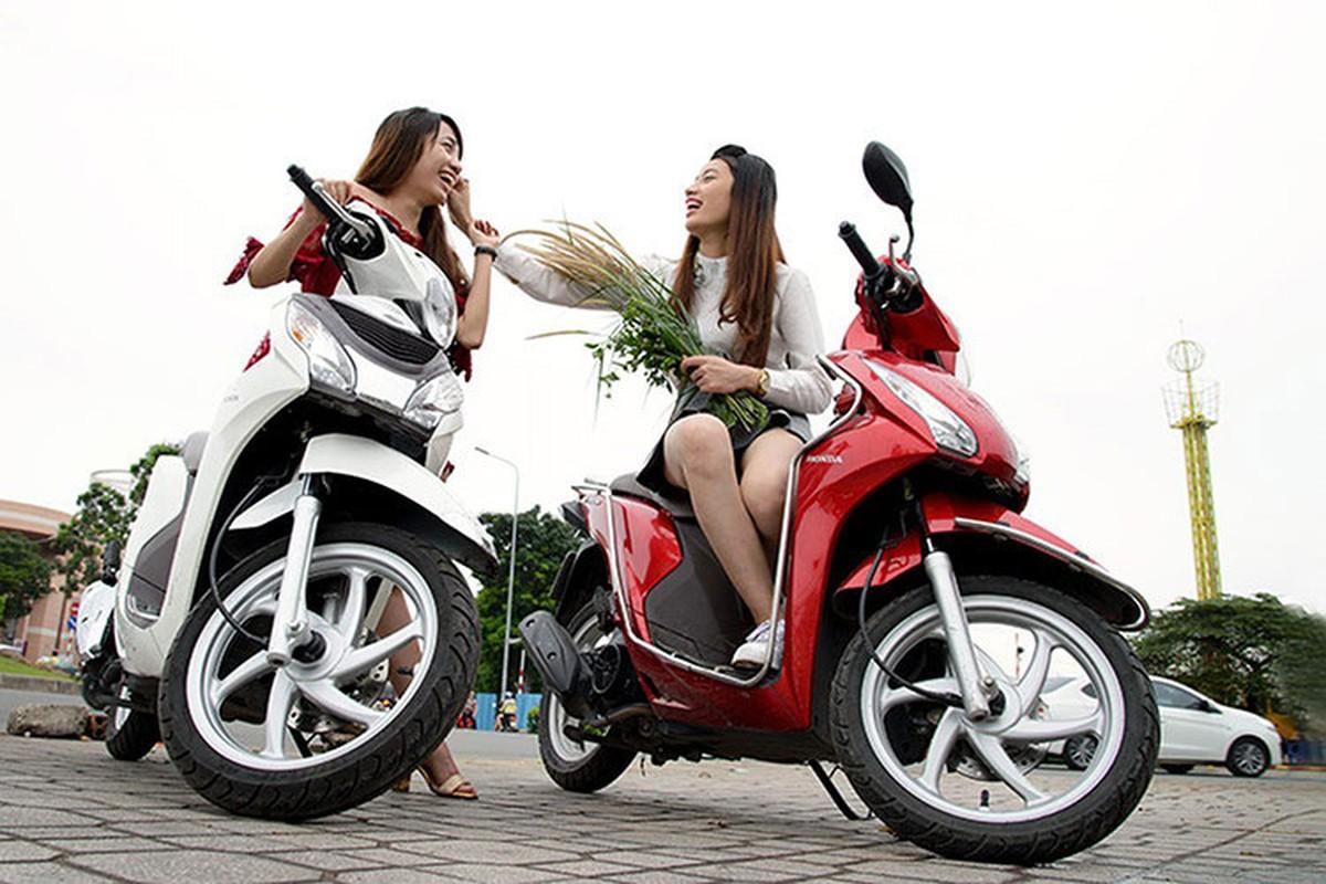 Phu nu Viet phu hop voi xe may tay ga nao?-Hinh-9