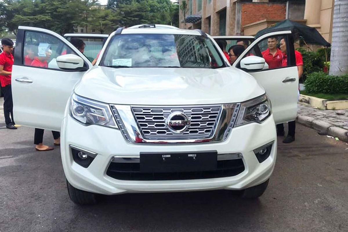 Can canh Nissan Terra moi gia tu 986 trieu tai Viet Nam-Hinh-3