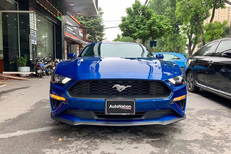 Can canh Ford Mustang 2018 mau doc gia 2,7 ty tai VN-Hinh-8