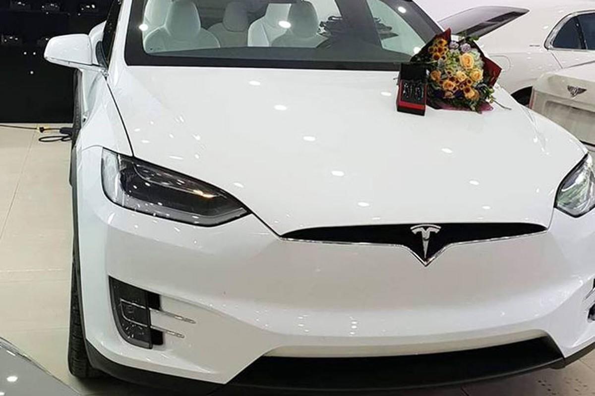 Soai ca Ha Noi mua Tesla Model X P100D 9 ty tang vo-Hinh-2