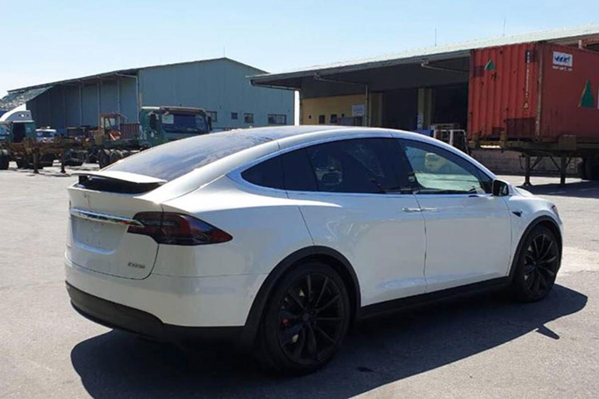 Soai ca Ha Noi mua Tesla Model X P100D 9 ty tang vo-Hinh-4
