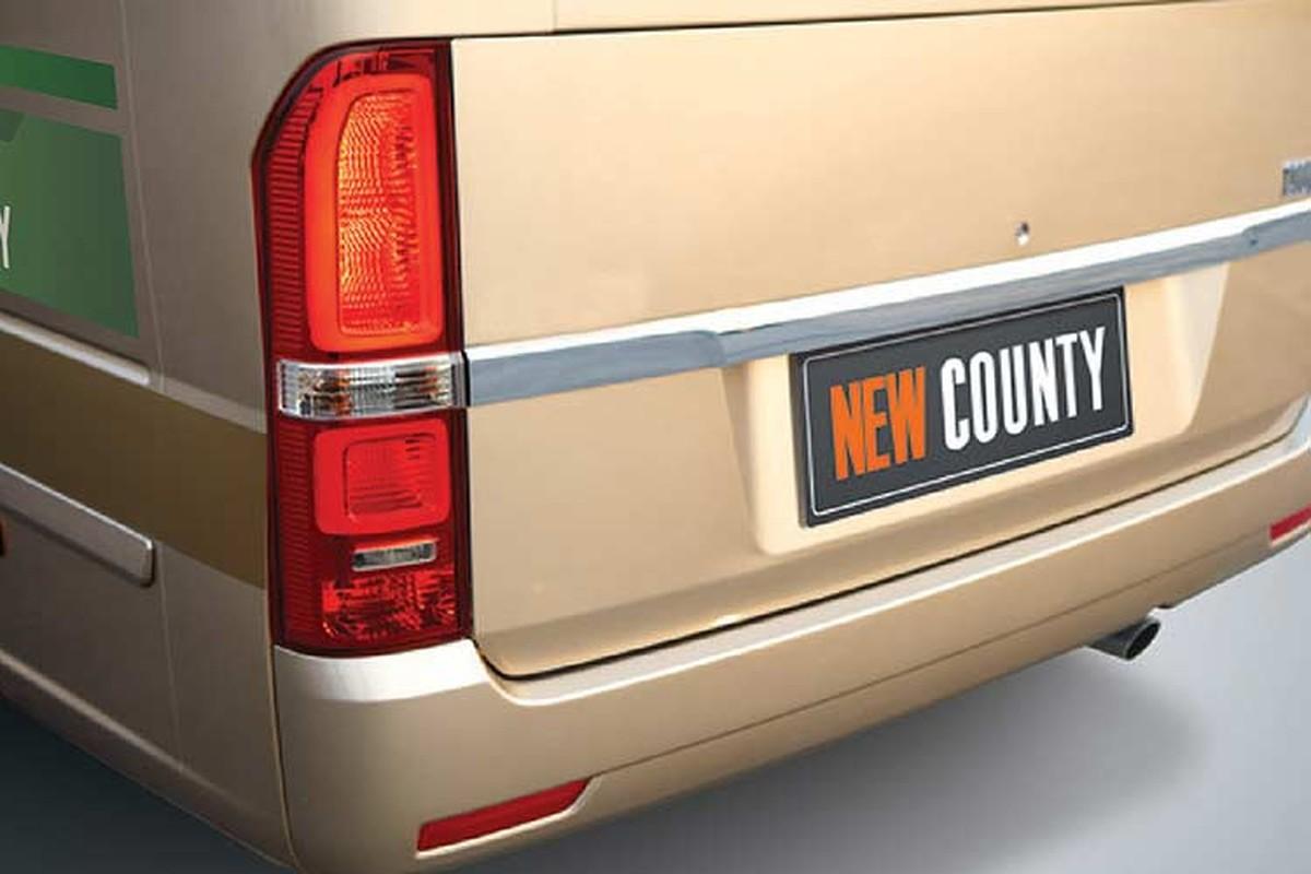 Xe Hyundai New County moi